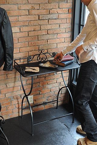 ヴィンテージブラック サイドテーブル