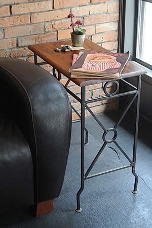 IronWood Nest Table M