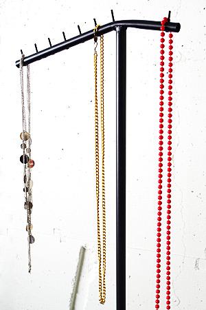 Iron Hanger Rack KUWA