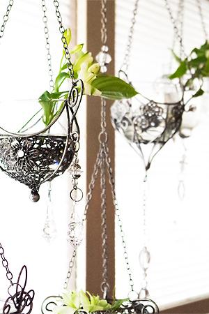 Hanging Glass Pot