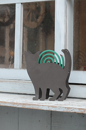 Mosquito Coil Holder Stay Cat