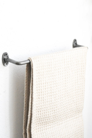 RUSTIC Iron Towel Bar S