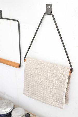 Iron Wood Towel Hanger Triangle